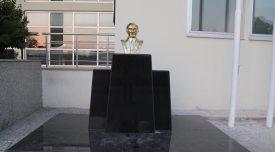 kocaispirden-ataya-yakisir-anit-17276
